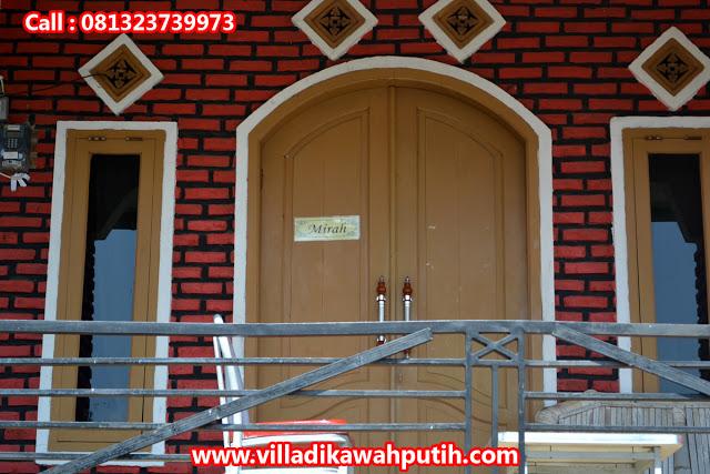 Villa Batu Alam Endah Merah